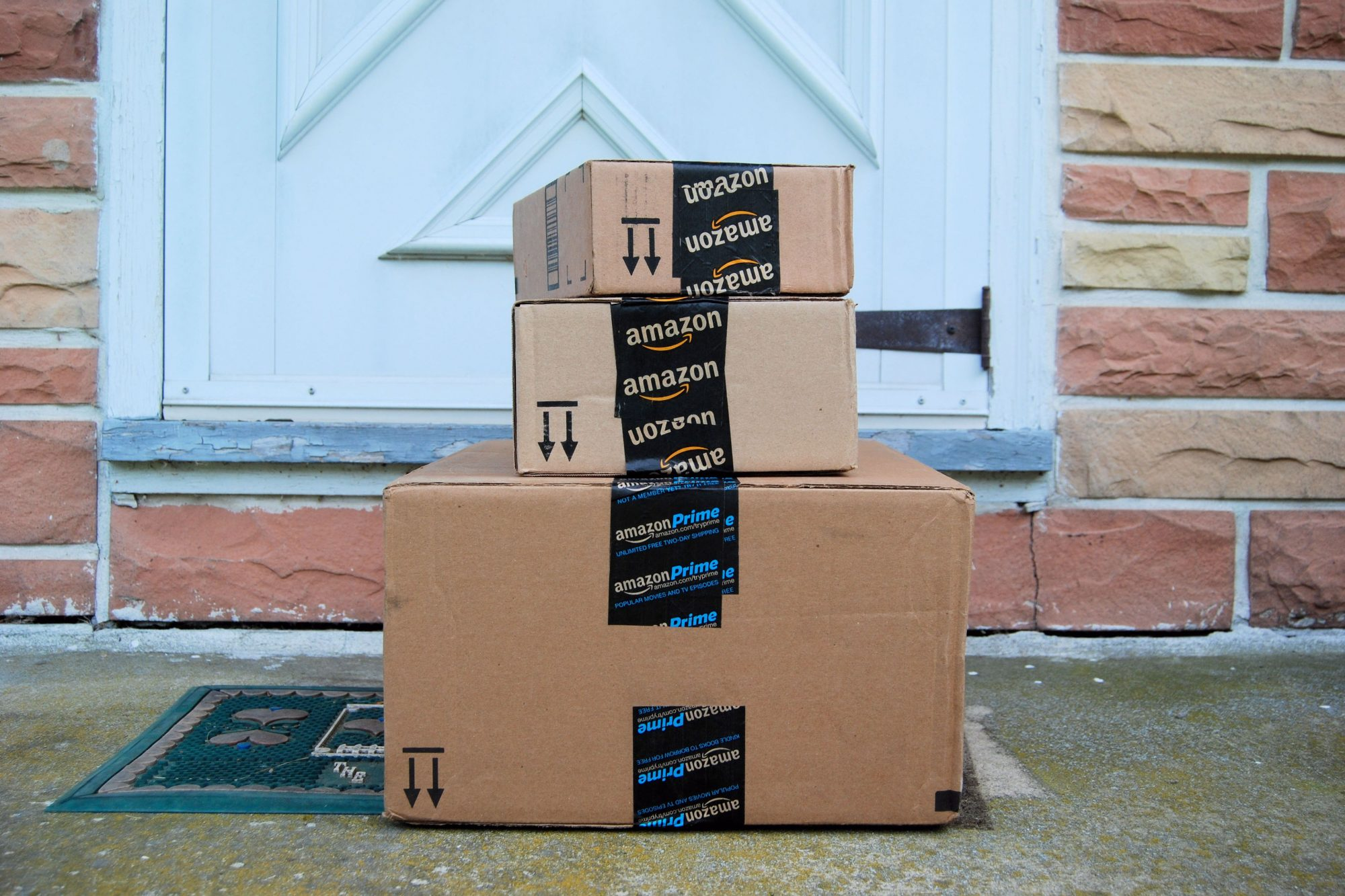 Amazon Is Canceling Prime Accounts for Violating Its Review Policy