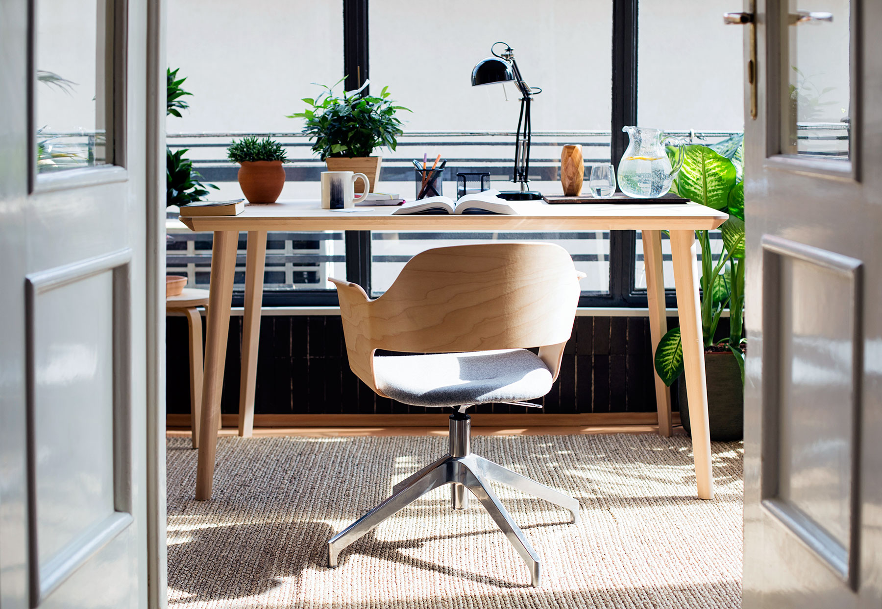 Perfect 10 Home Office Ideas That Will Make You Want To Work All Day | Real Simple
