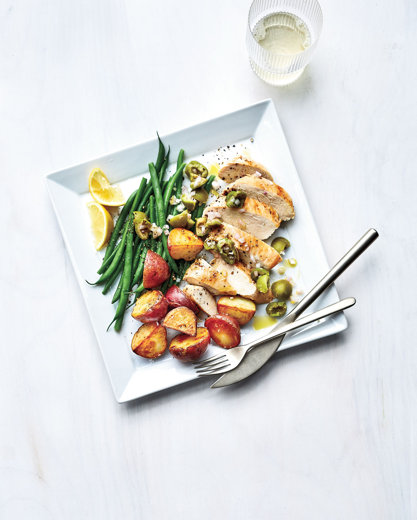 Sheet-Pan Chicken With Potatoes and Green Beans