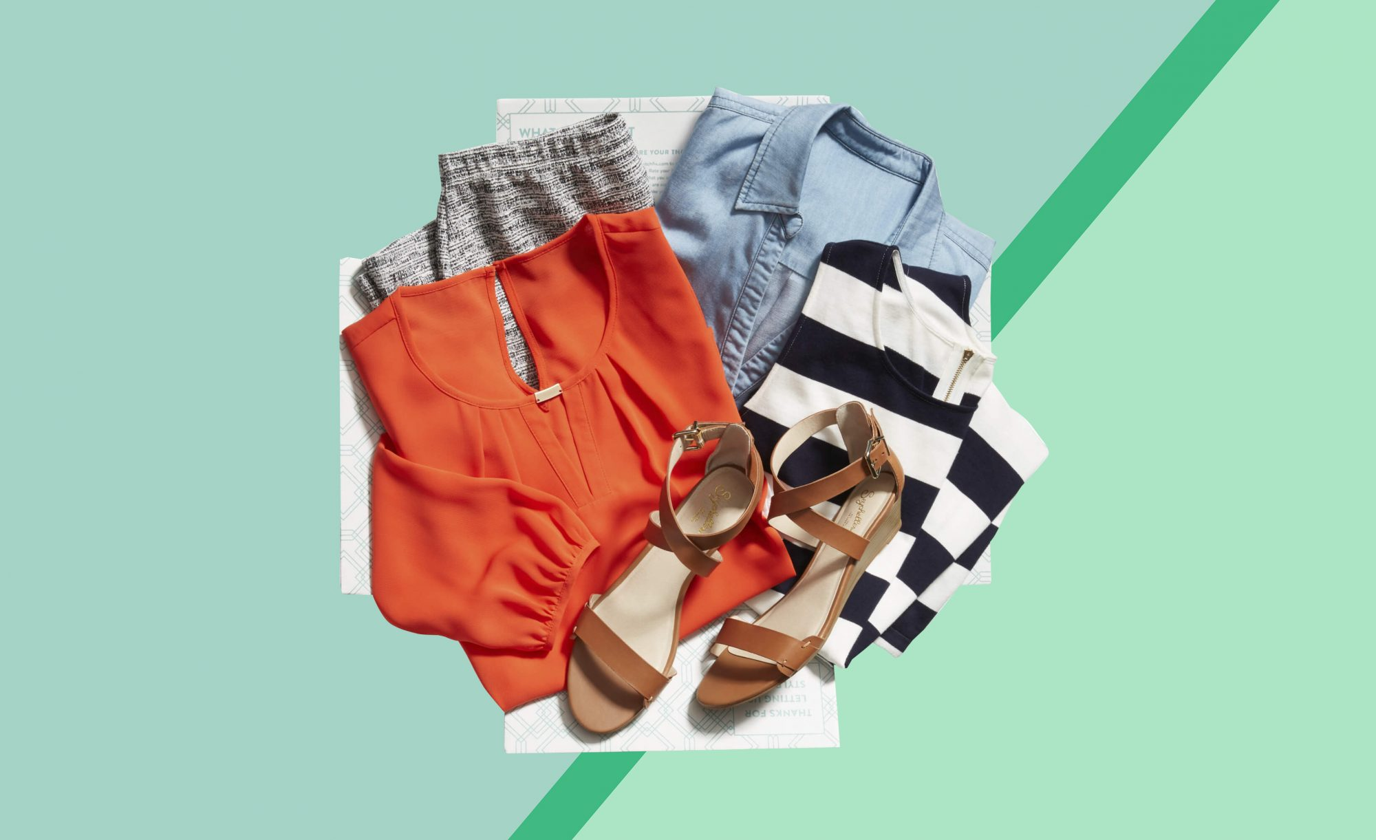 Monthly Plus Size Clothing Subscription Boxes for Women