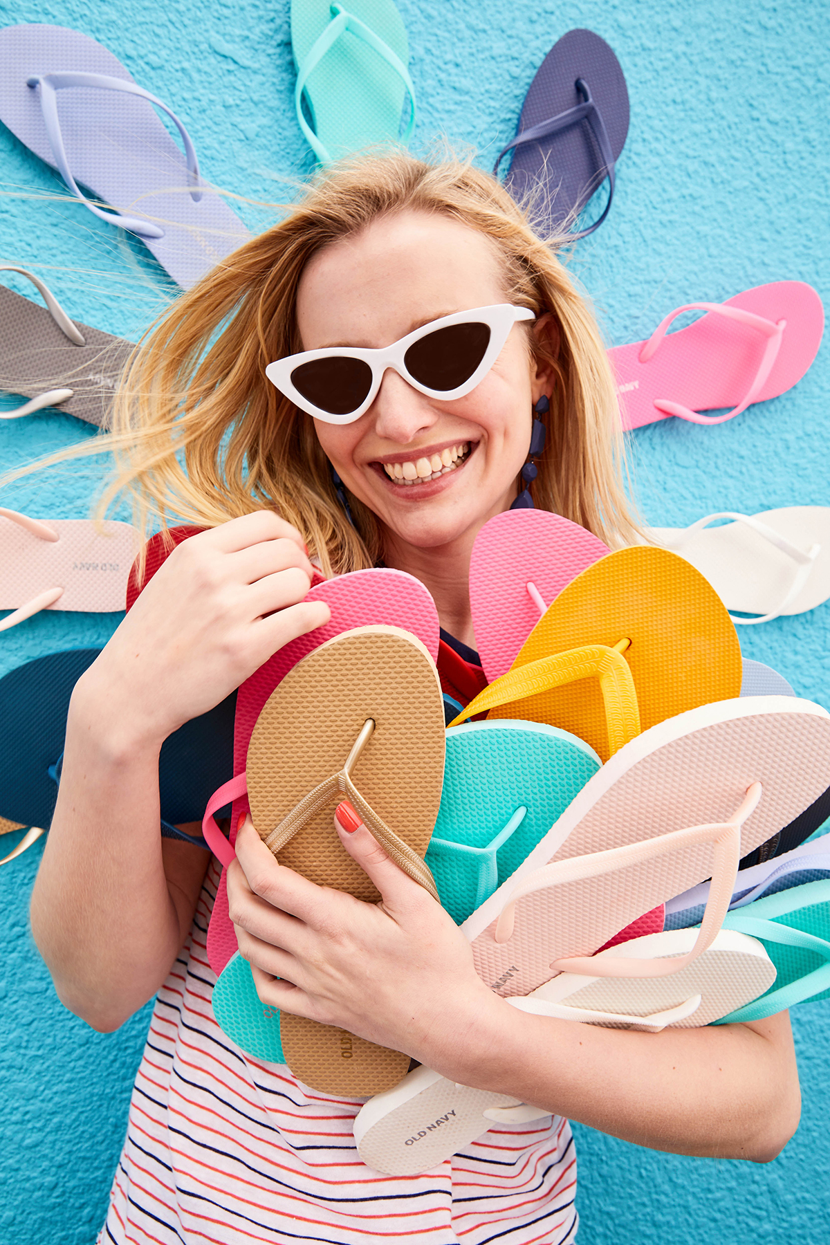 Old Navy's One Dolla Holla Flip-Flop Sale Is Back Just In Time For Summer