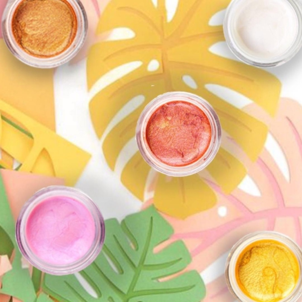 The Best Makeup Products for Summer, Jelly Highlighter
