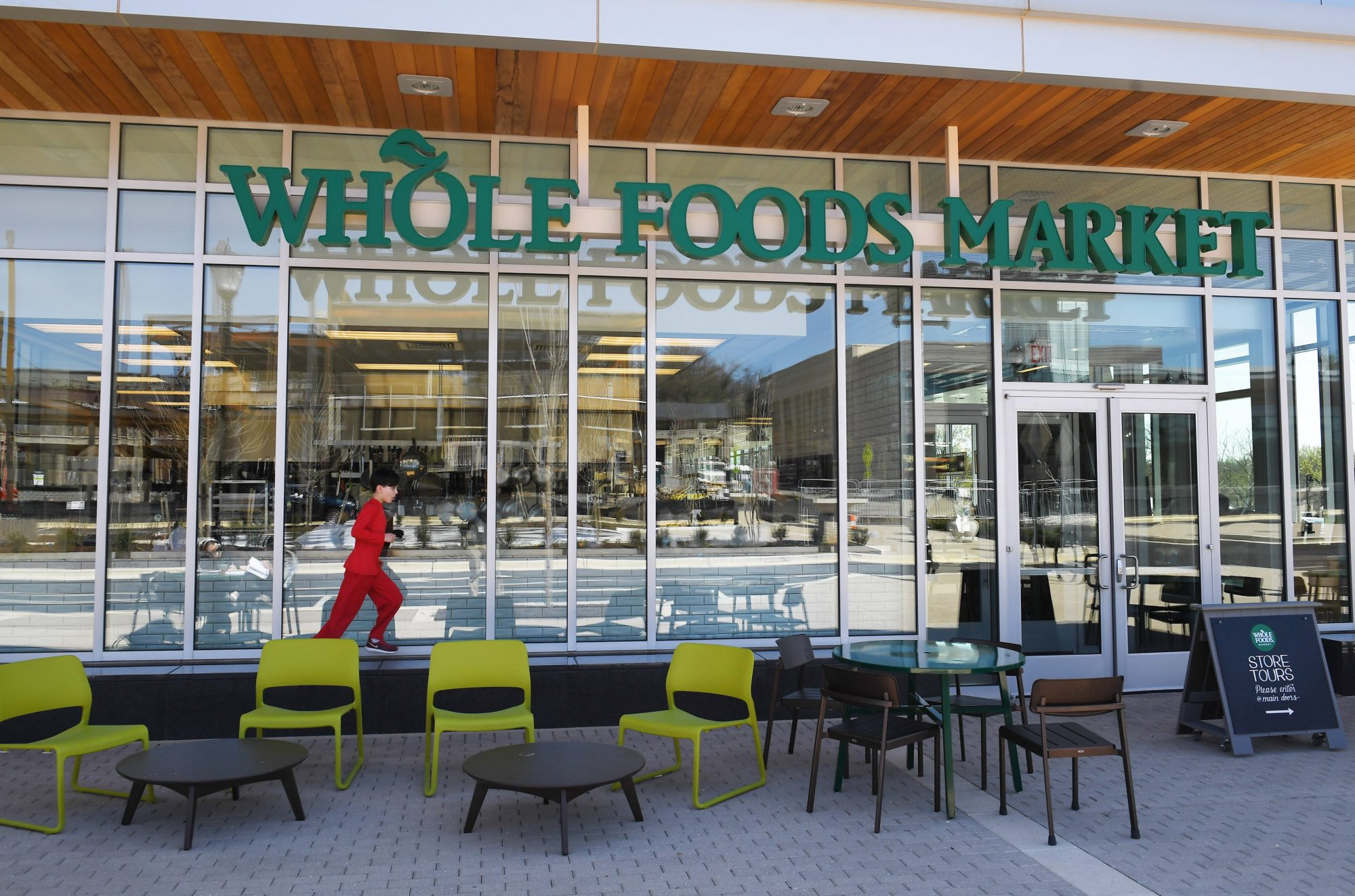 Here's Why Whole Foods Started Posting Blank Images On Its Instagram Account