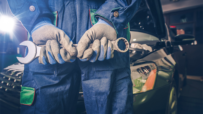 How to Save Money on Car Repairs, According to a Mechanic