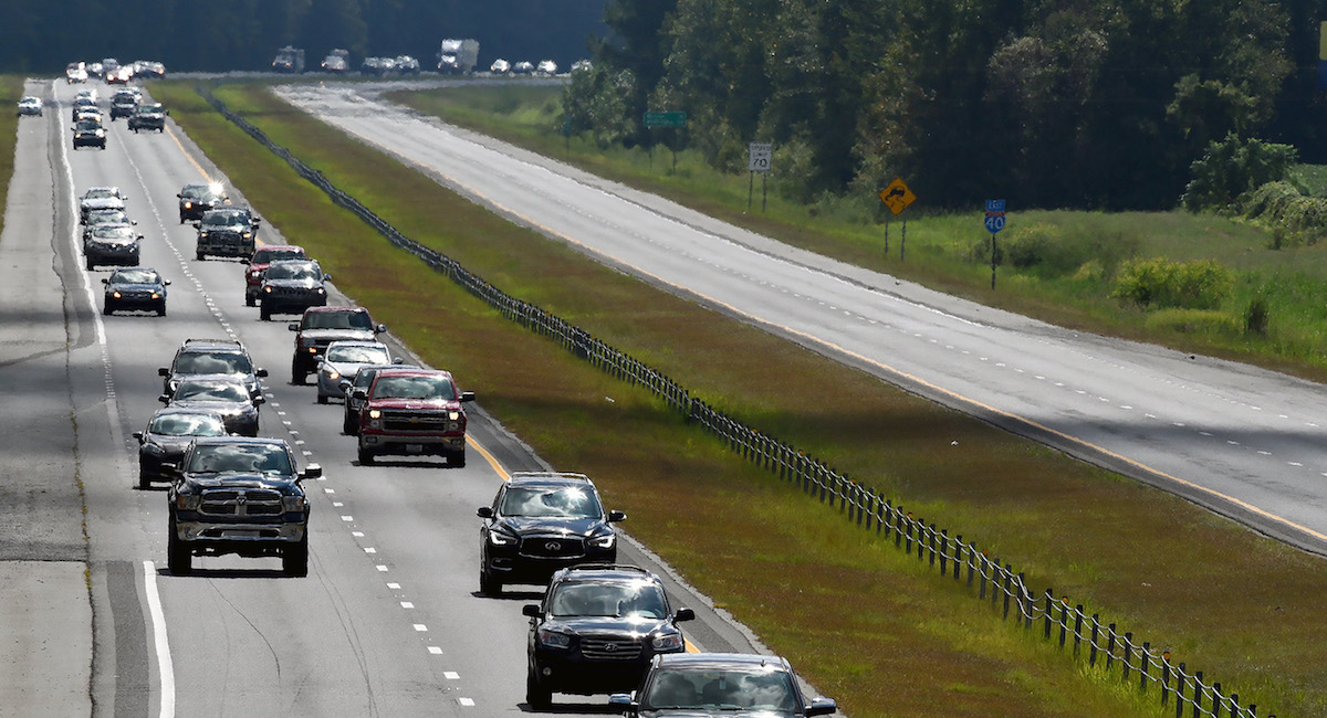 Hurricane Florence How to Prepare Kids Safety Tips, cars evacuating