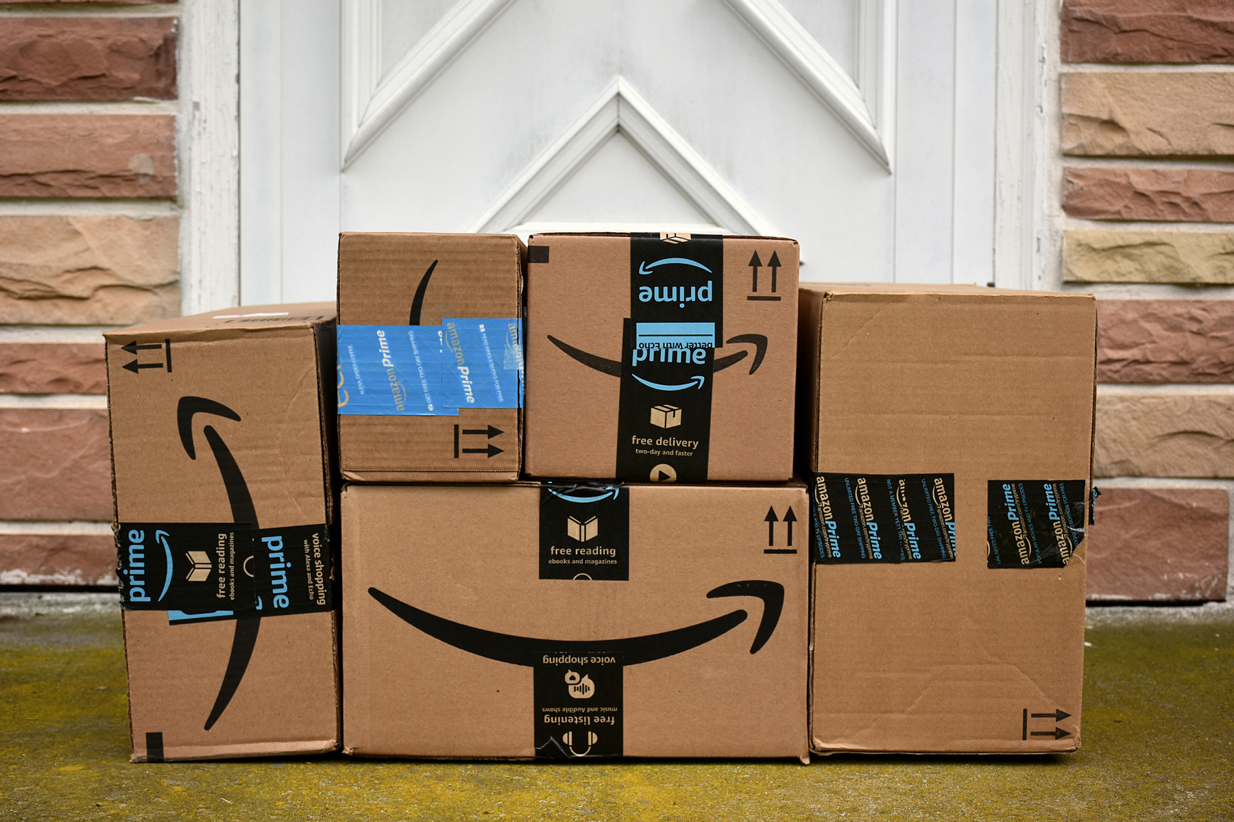 Amazon free shipping for the holidays - pile of boxes