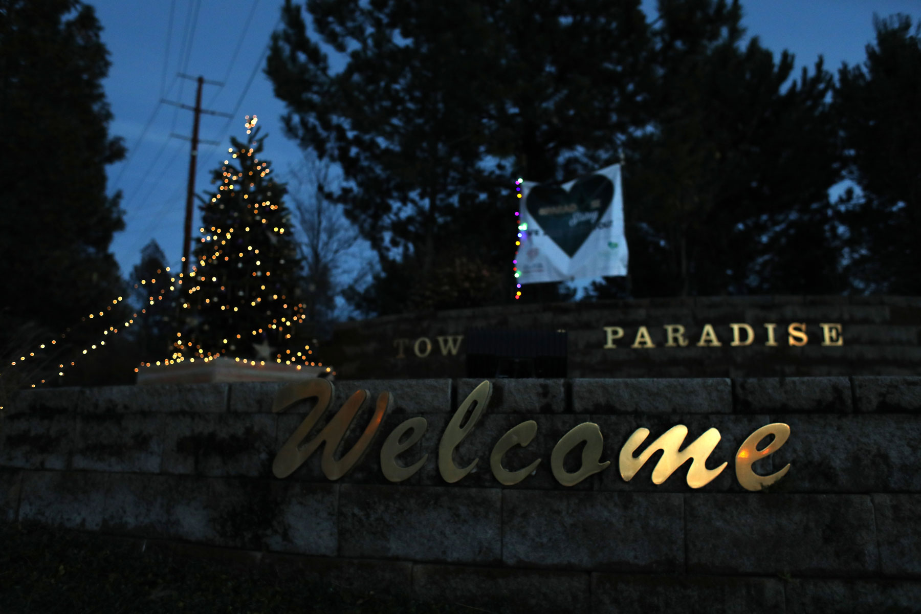 Paradise CA fire relief - Town of Paradise sign