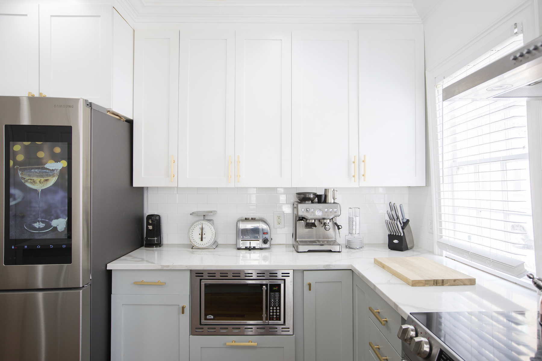 Kitchen Cabinet Trends 2019, white Shaker style cabinets in kitchen