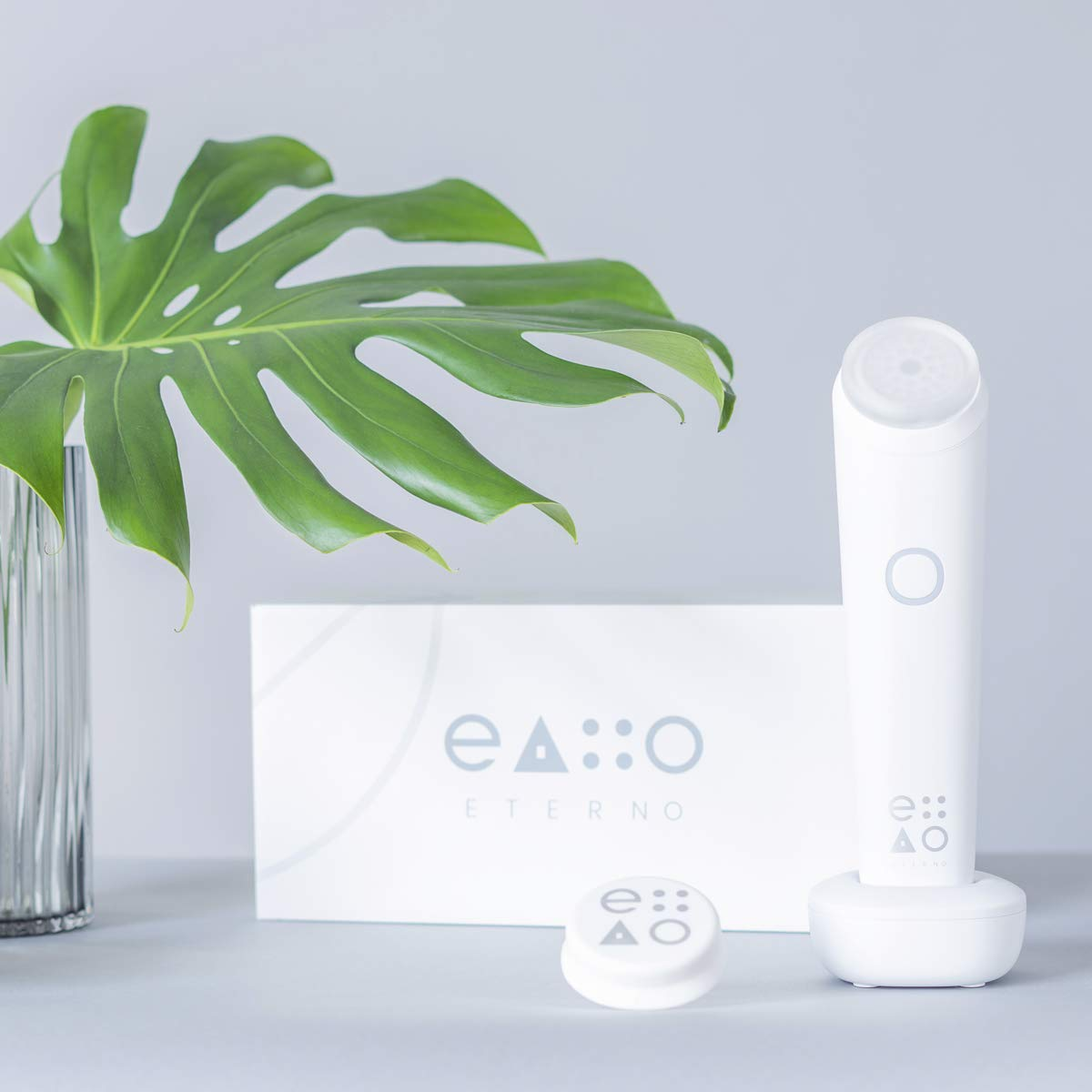 Eterno LED Anti-Aging At Home Device