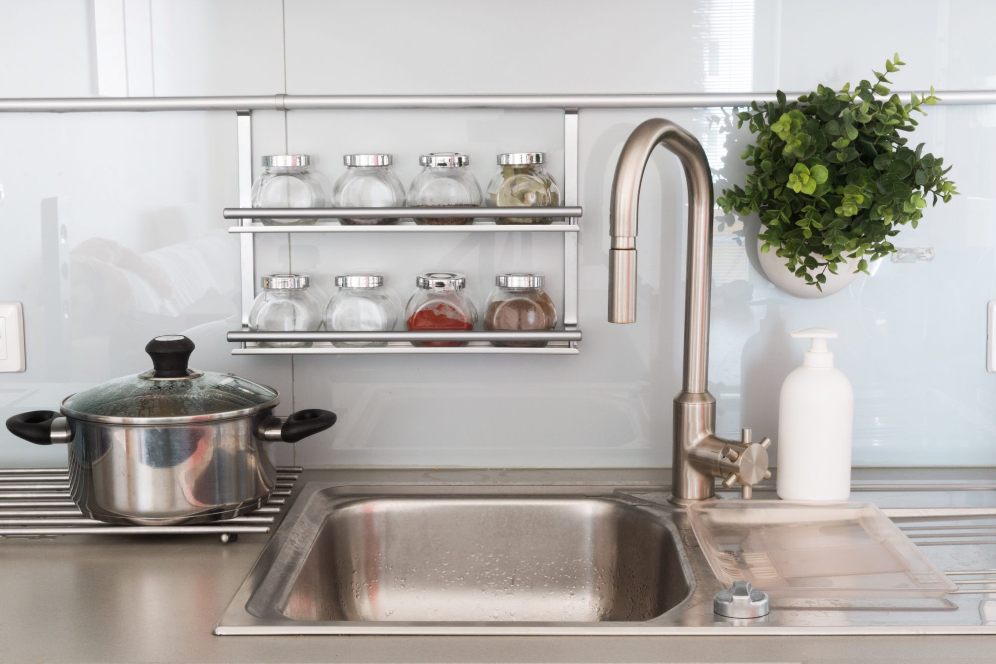 sink with garbage disposal