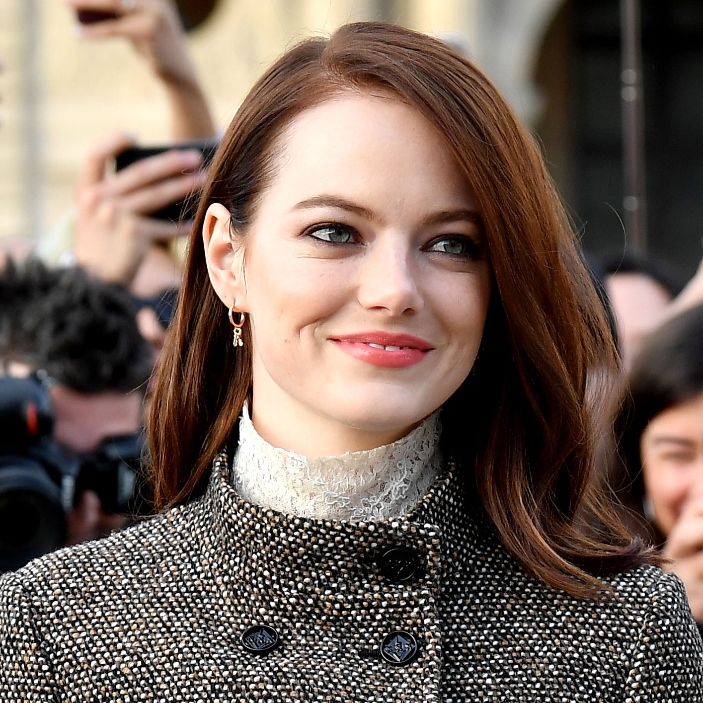 Summer Hair Colors 2019: copper penny highlights, Emma Stone