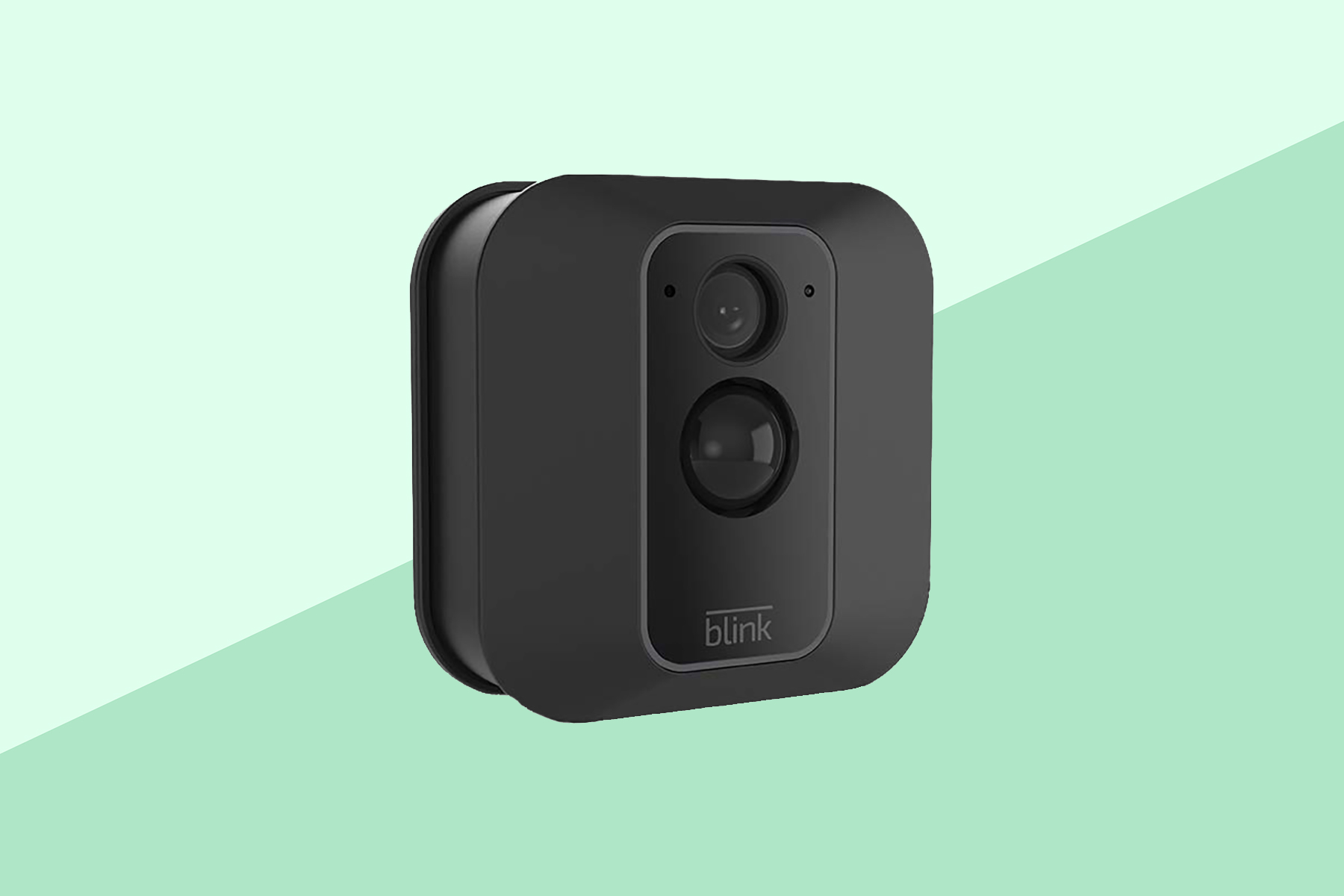 This Brand-New Smart Camera Is Already the Best-Selling Amazon Home Security Device