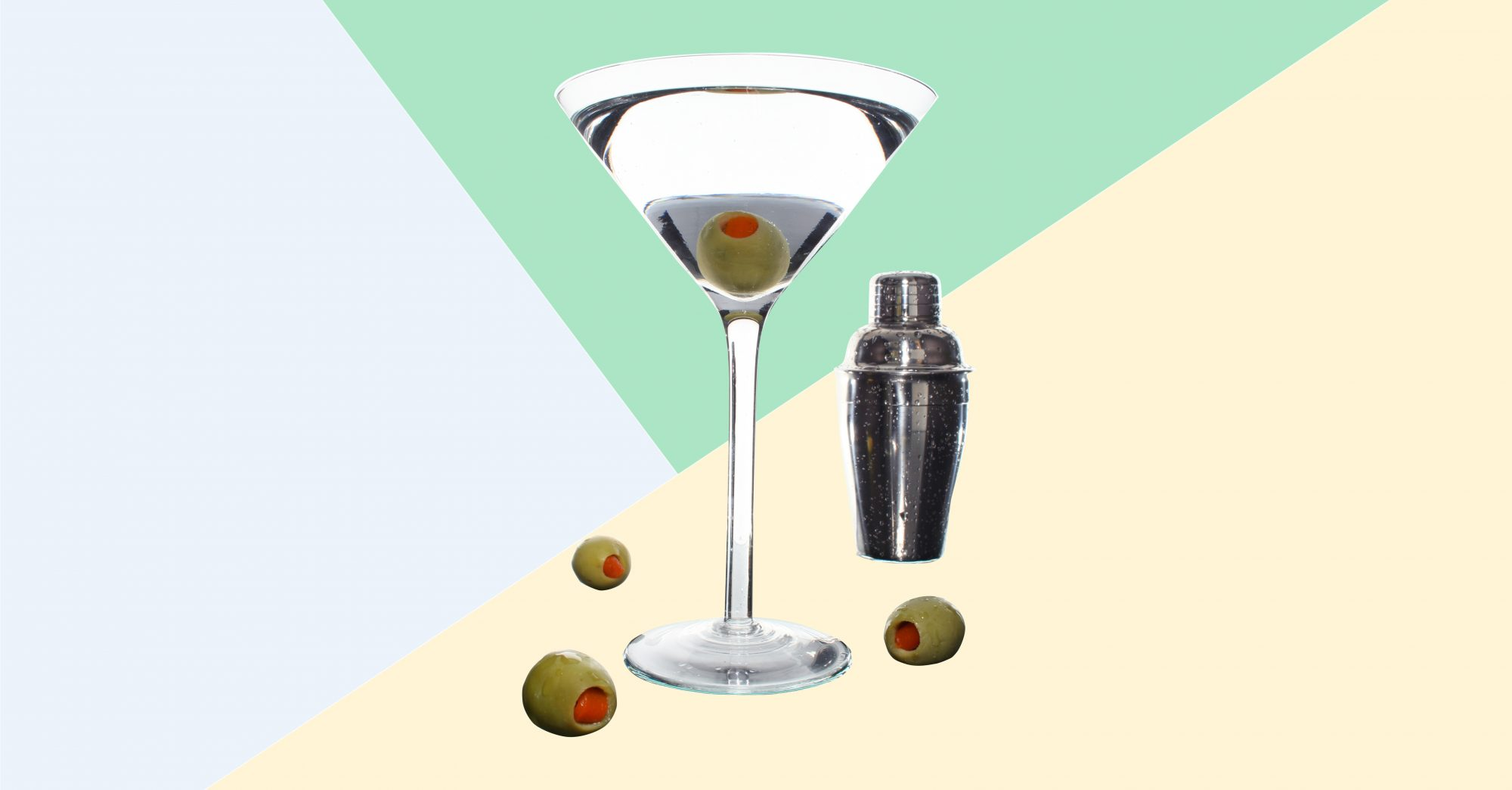How to Mix a Martini That'll Impress Even The Most Meticulous Drinkers