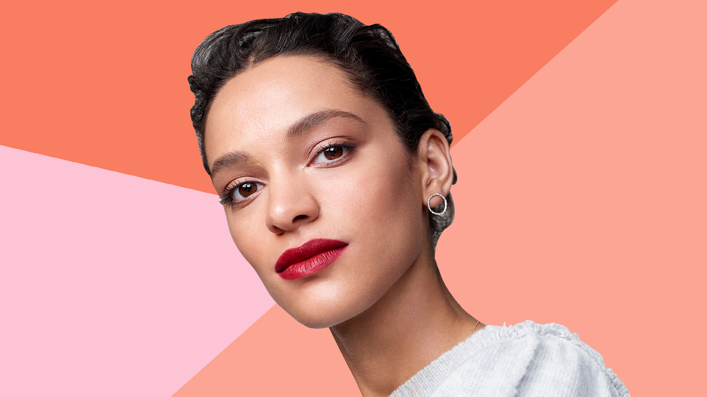 This Is the Best Technique for a Crisp Red Lip