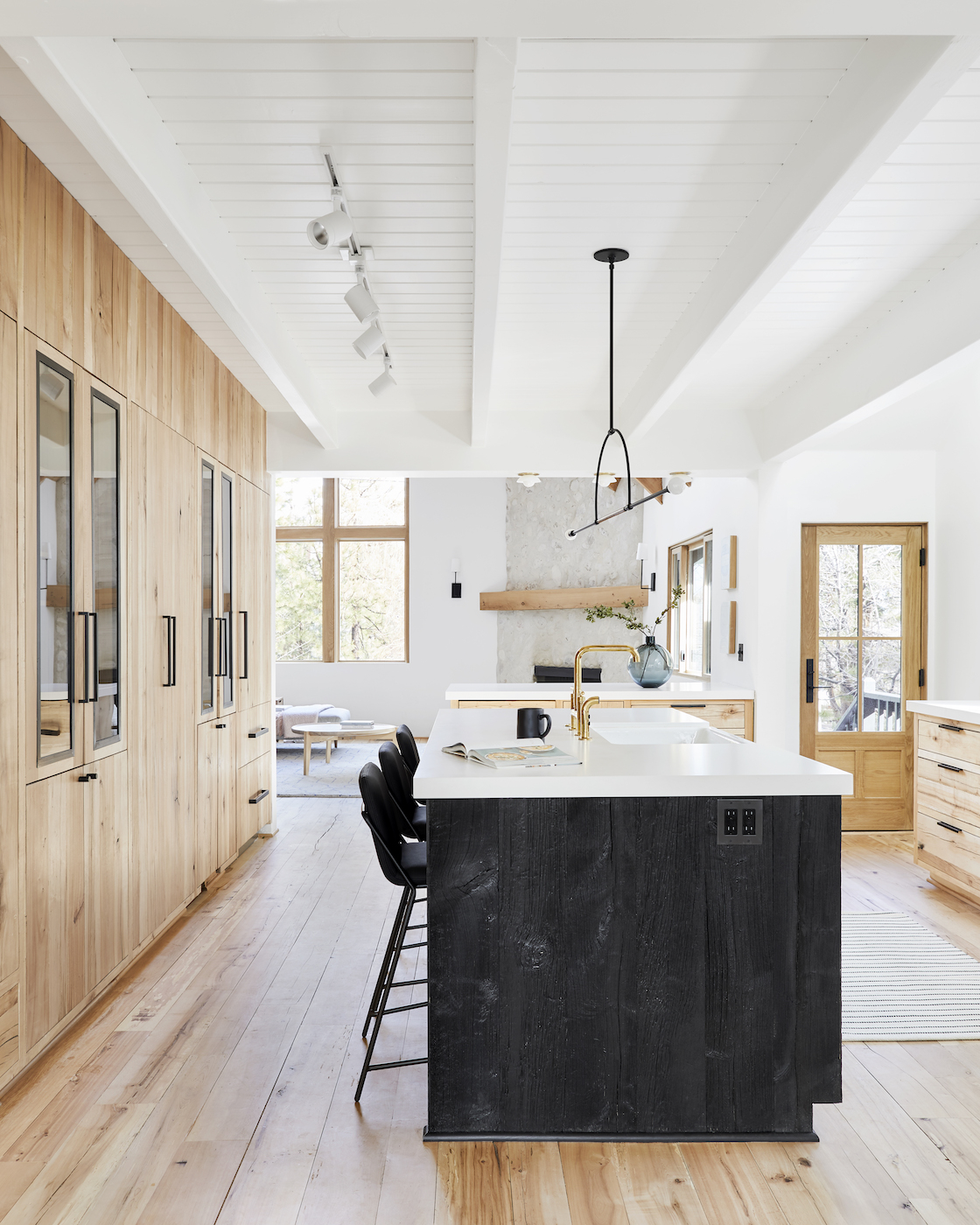 Forget Color Of The Year Here Are Our Favorite Kitchens Of