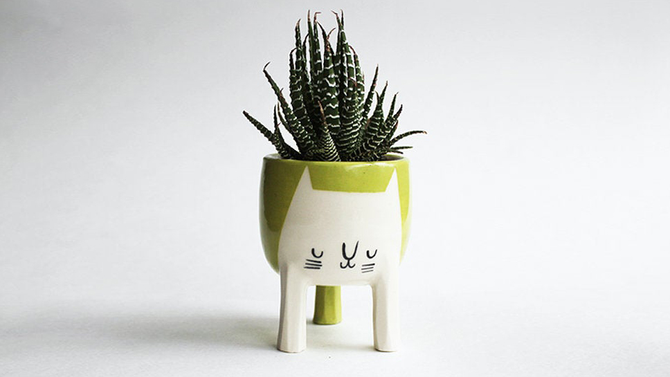 Etsy Trends 2020, Chartreuse Cat Planter