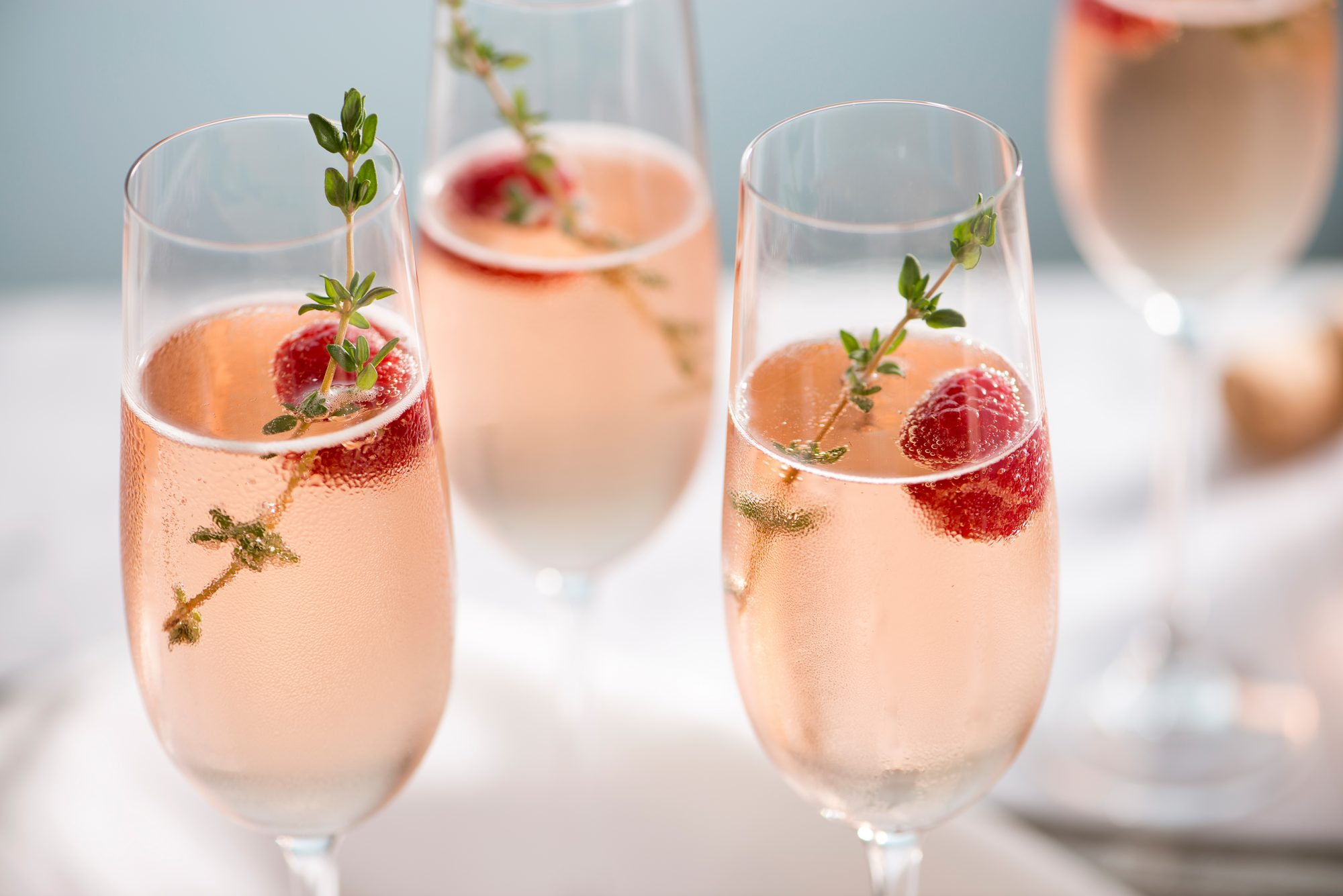 5 Healthy-ish Alcoholic Drinks for Smarter Holiday Sipping