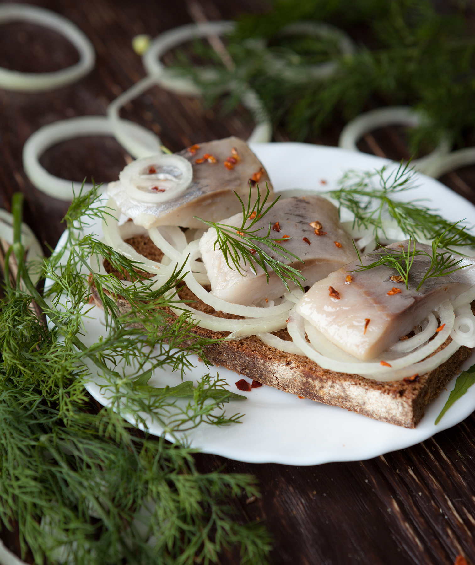 Herring toasts