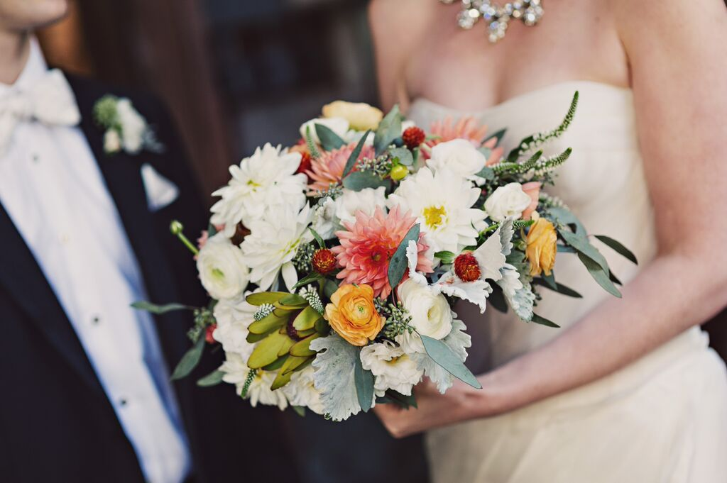 weddings-flowers-by-season
