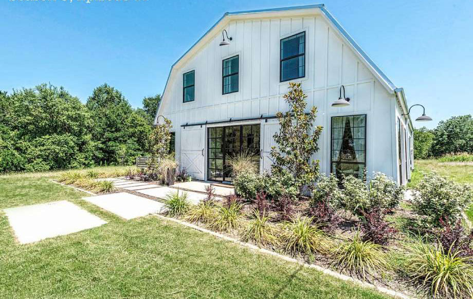 5 Beautiful Homes From Fixer Upper That You Can Rent