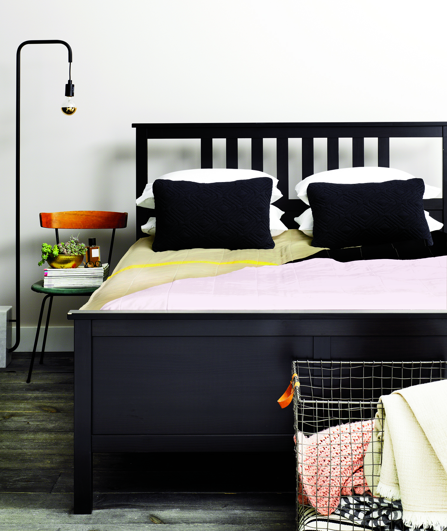 Bed with black and white graphic style