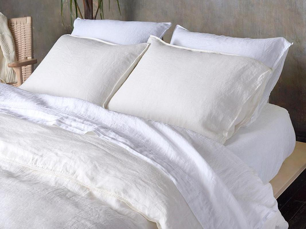 Cool bed sheets for summer Blue Brooklinen Summer Linen Sheets Kevindavidinfo These Breathable Linen Bed Sheets With Cult Following Are 20 Off