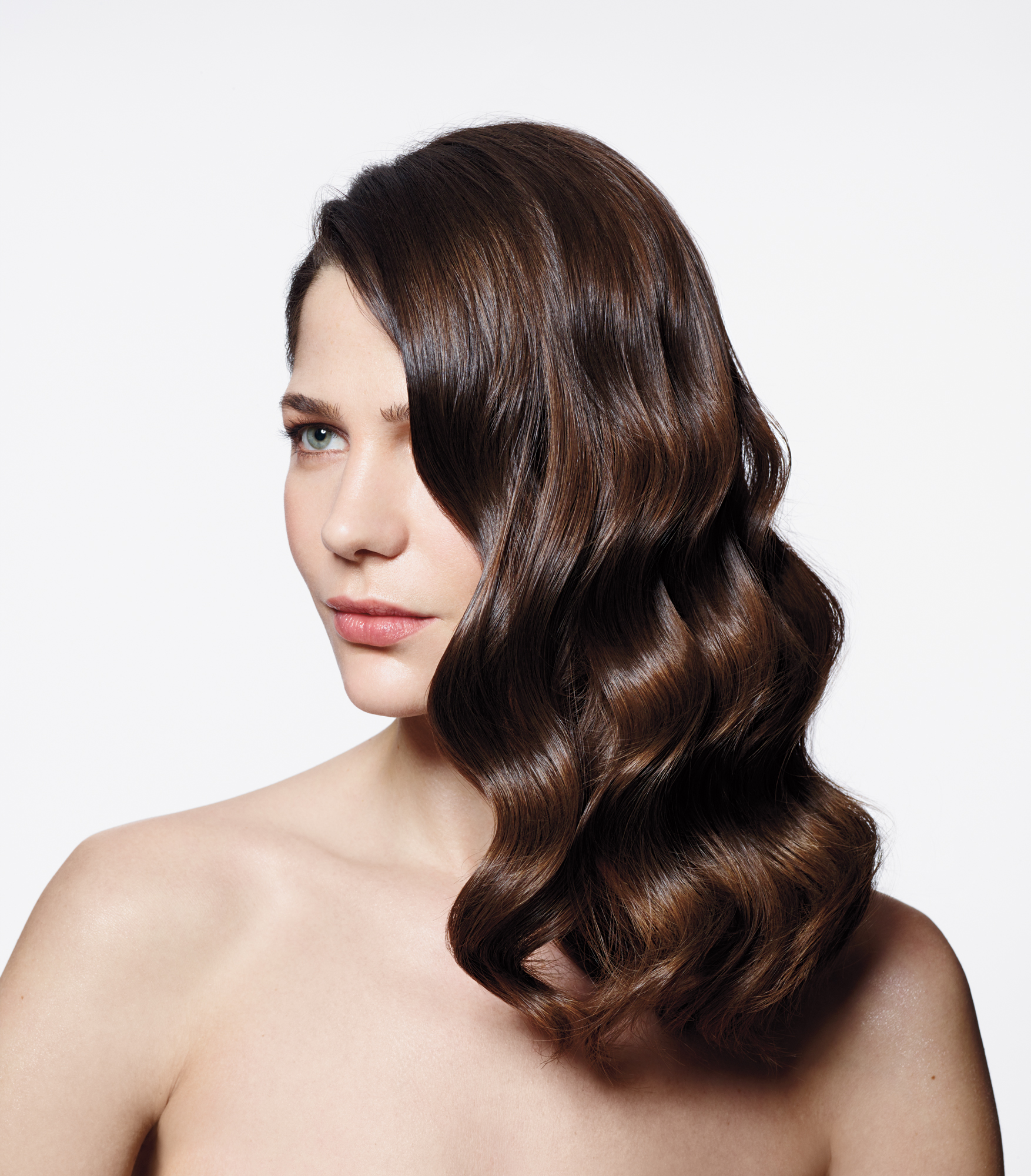 Model with wavy brown hair