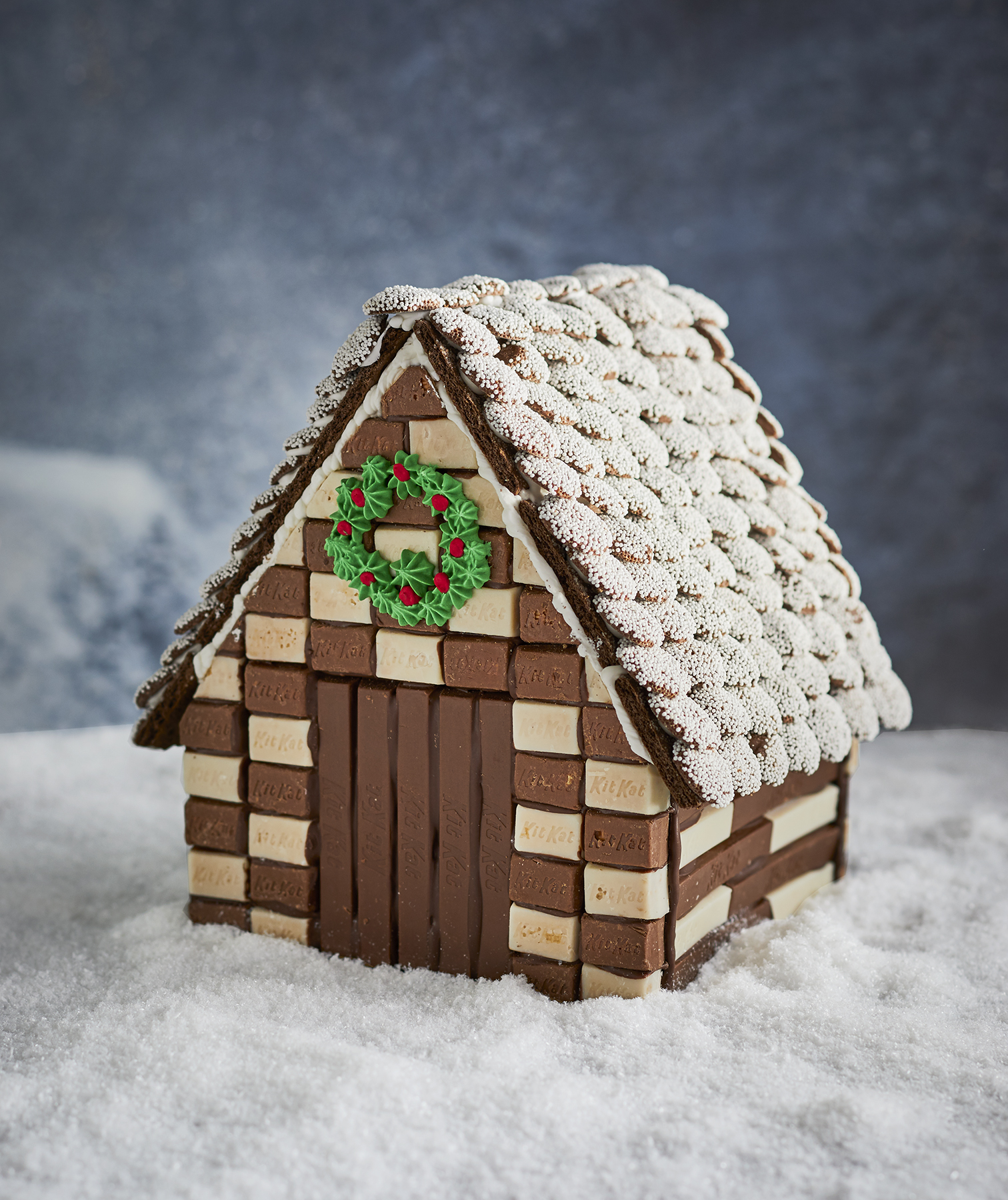 chocolate-gingerbread-house