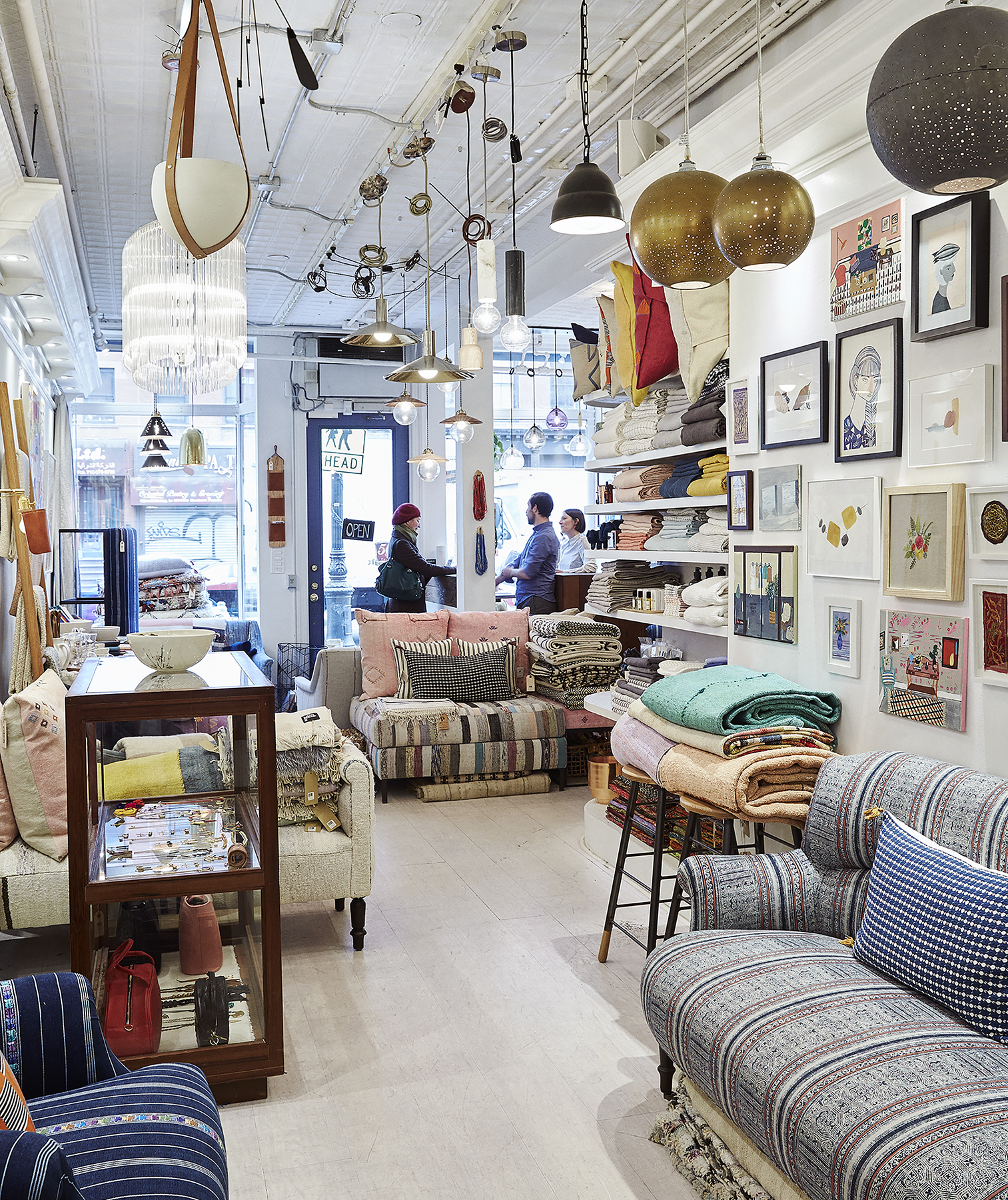 3 Things To Keep In Mind When Shopping For Home Decor