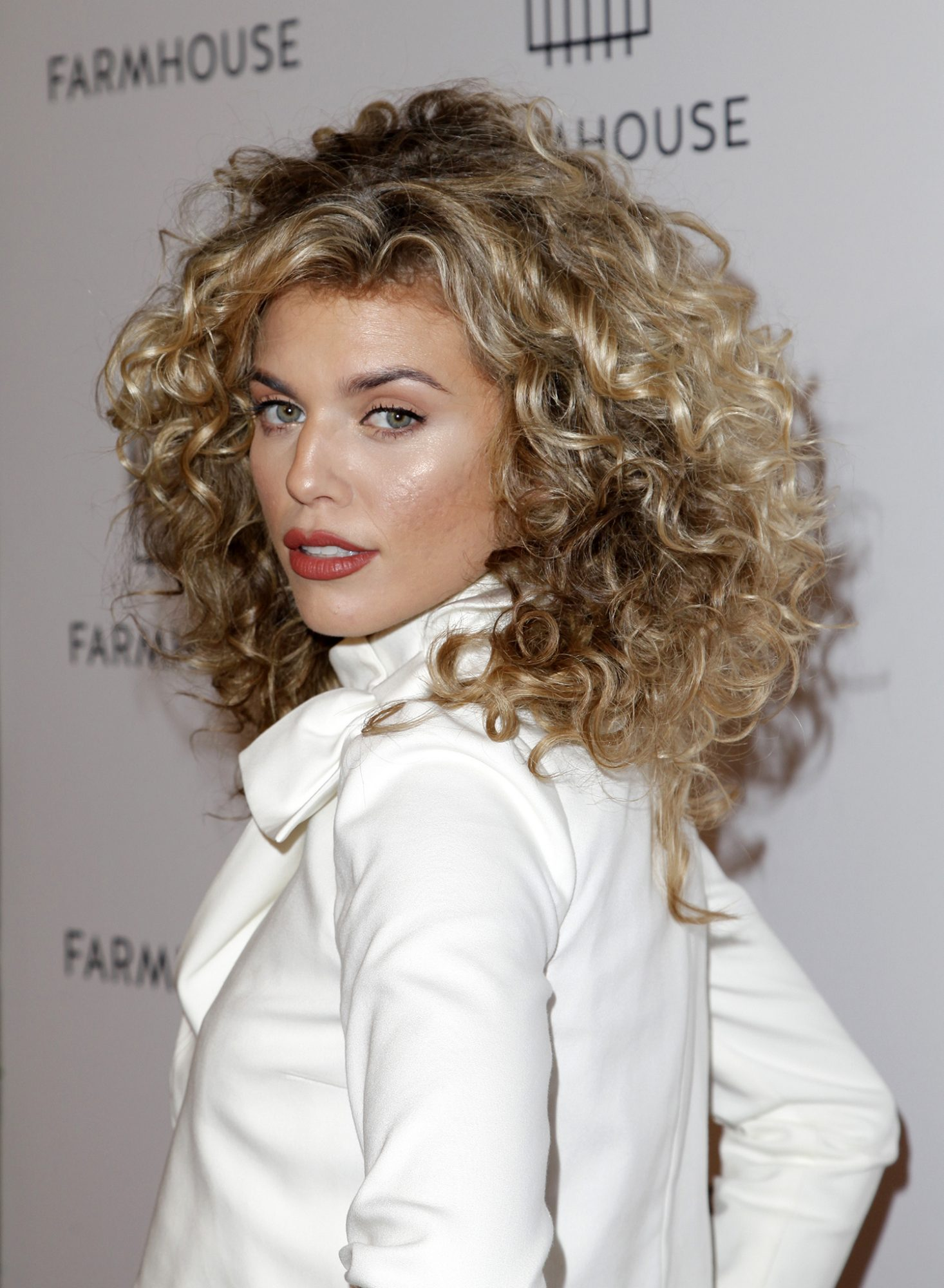 The Best Curly Hair Highlights To Try Now Real Simple