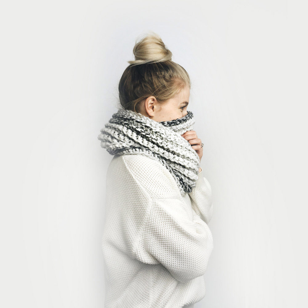 Infinity Scarf in Marble Gray