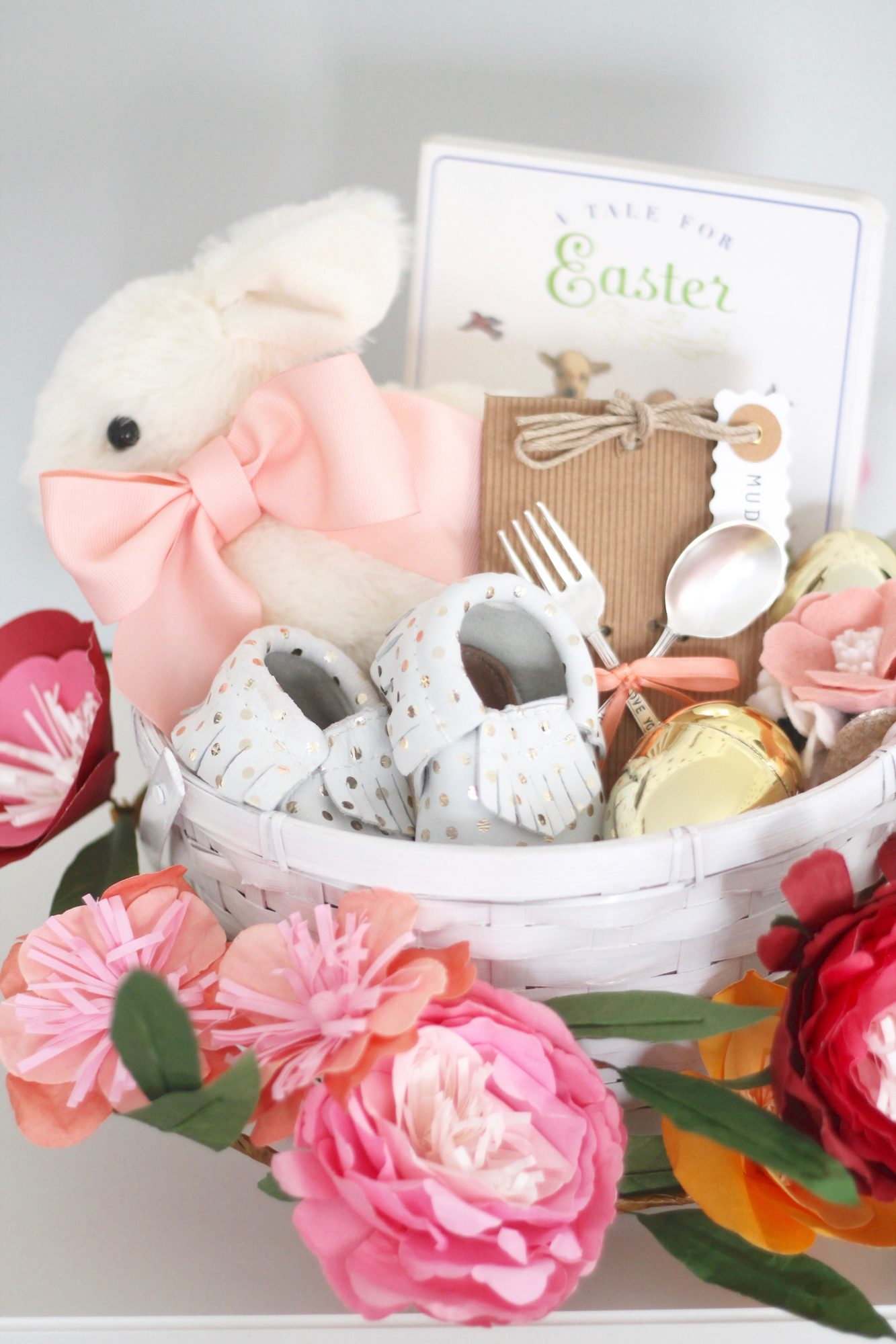 6 easter basket ideas for kids teenagers and adults her first easter negle Image collections