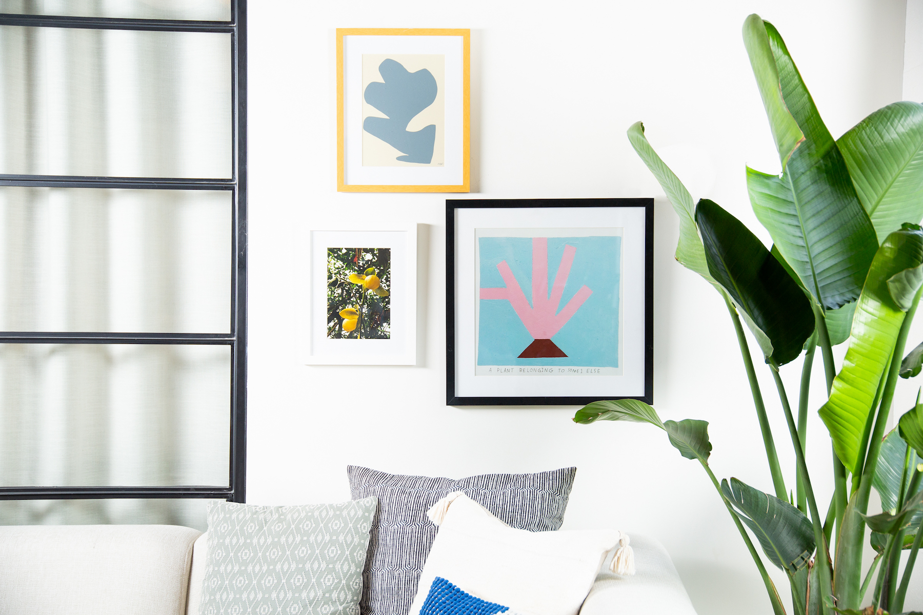 This Kit Makes Building a Beautiful Gallery Wall Incredibly Easy