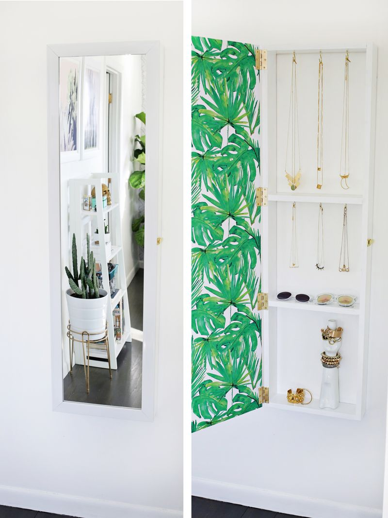 jewelry-storage-mirror-DIY