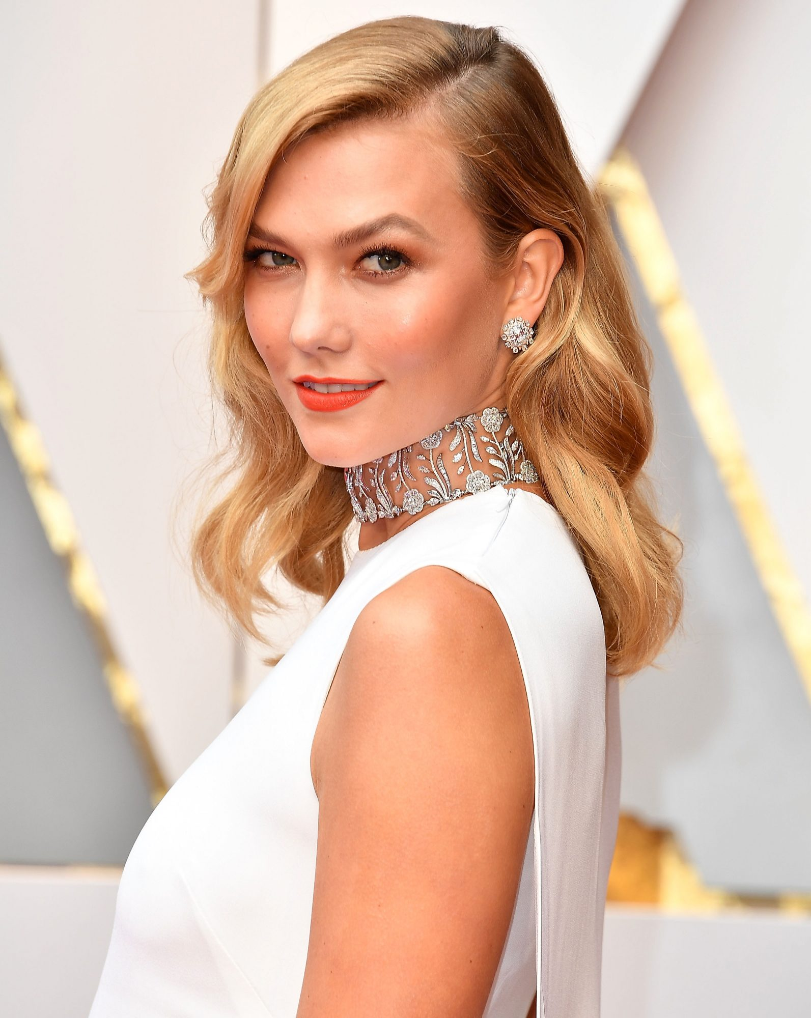 Karlie Kloss at the 89th Annual Academy Awards