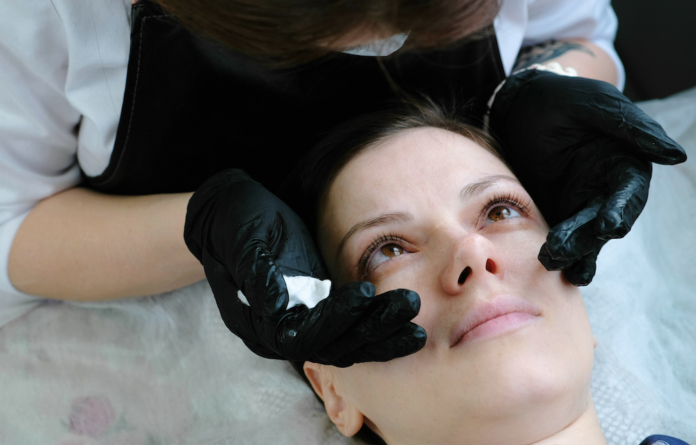 What Is a Lash Lift and Tint, and Why Is Everyone Talking