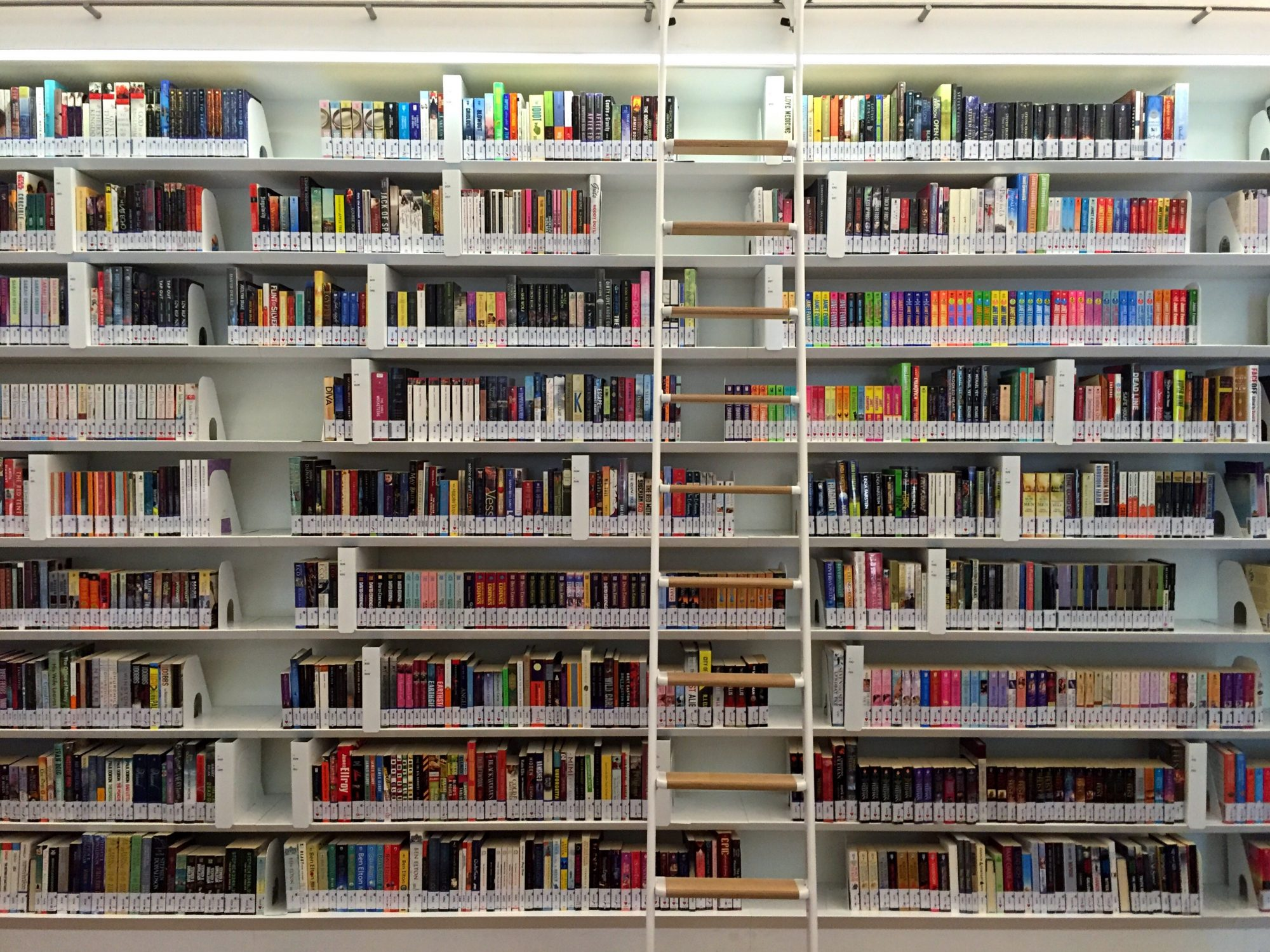 5 Surprisingly Great Freebies You Can Get With Your Library Card