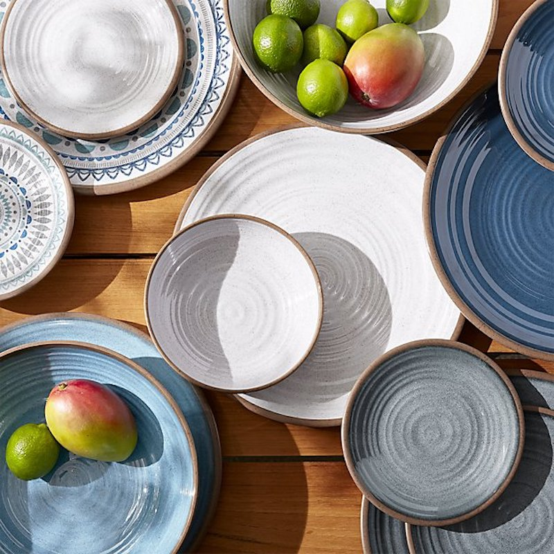 5 Beautiful Unbreakable Outdoor Plates That Look Just
