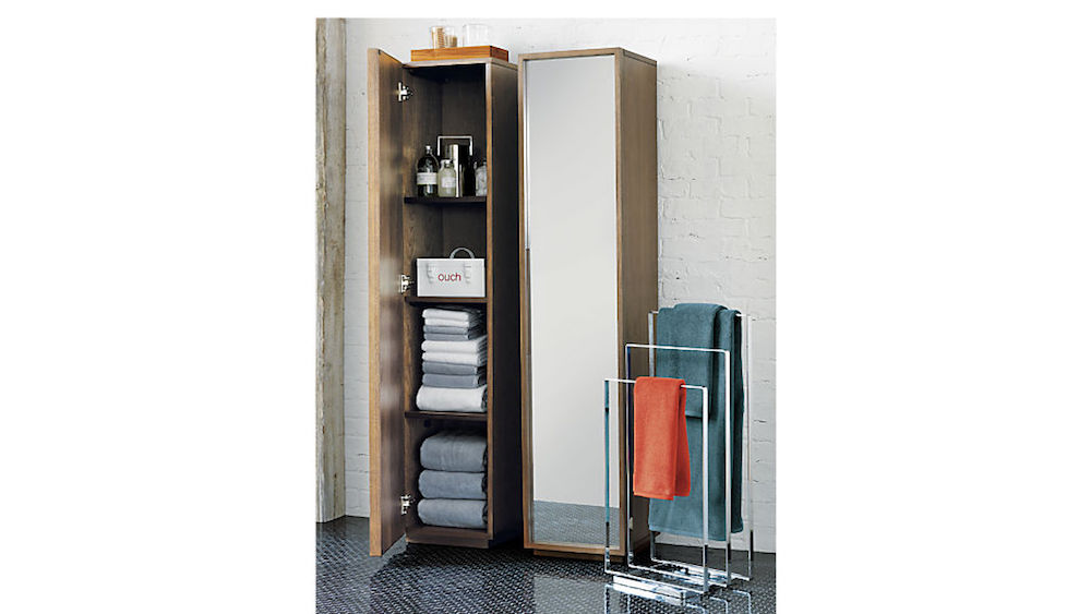 Mirror Doubles as Storage for Home Organizing