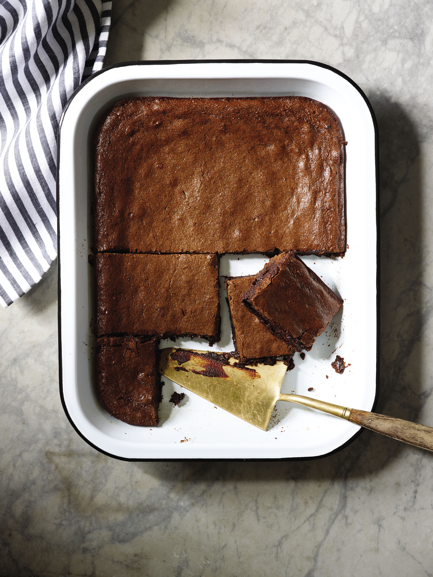 Dark Fudgy Muscovado Brownies