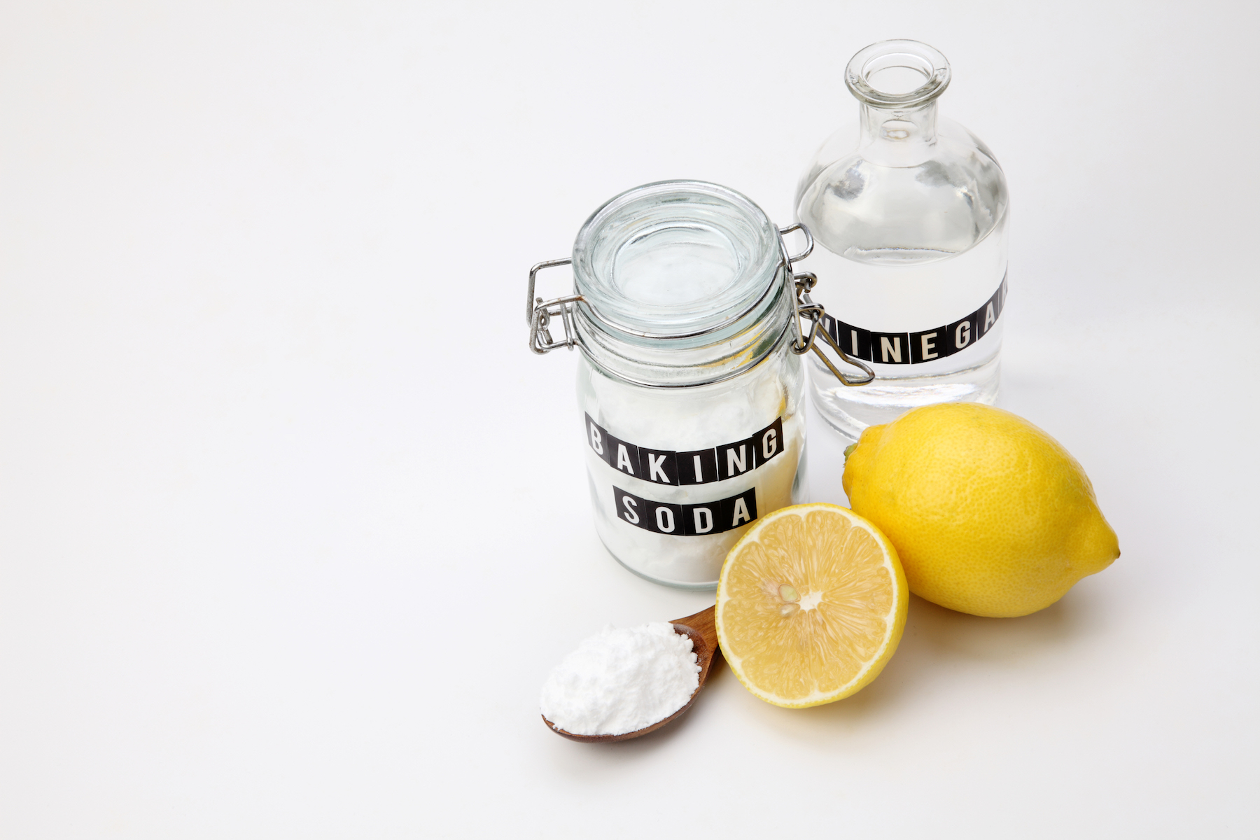 Natural Cleaners lemon, vinegar