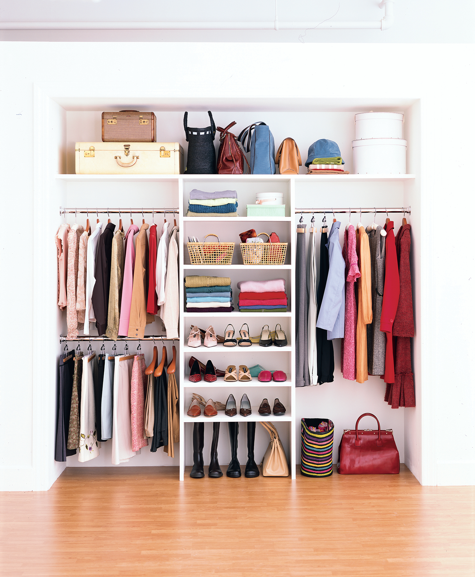 Closet-compartment: filling and organization of internal space