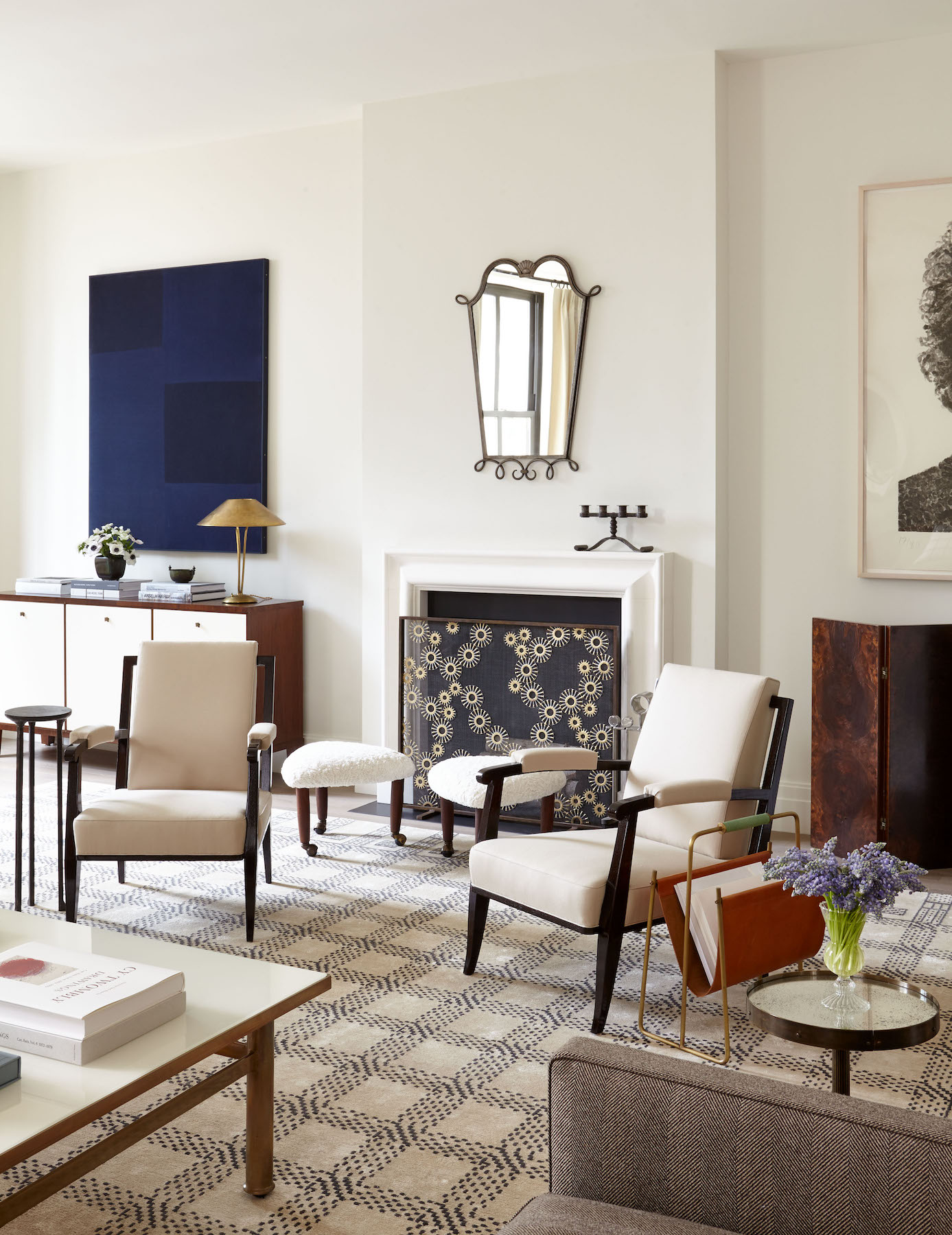 12 Paint Colors That Make You Happier According To Pros
