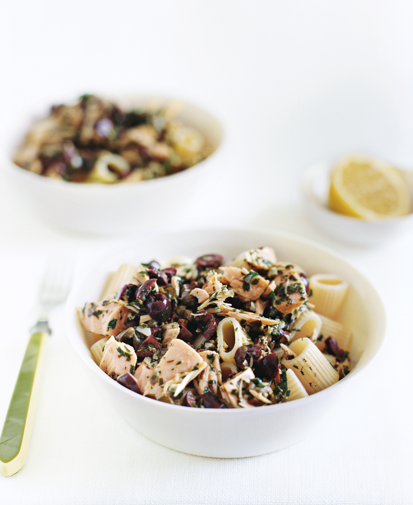 Pasta With Tuna and Black Olive Vinaigrette
