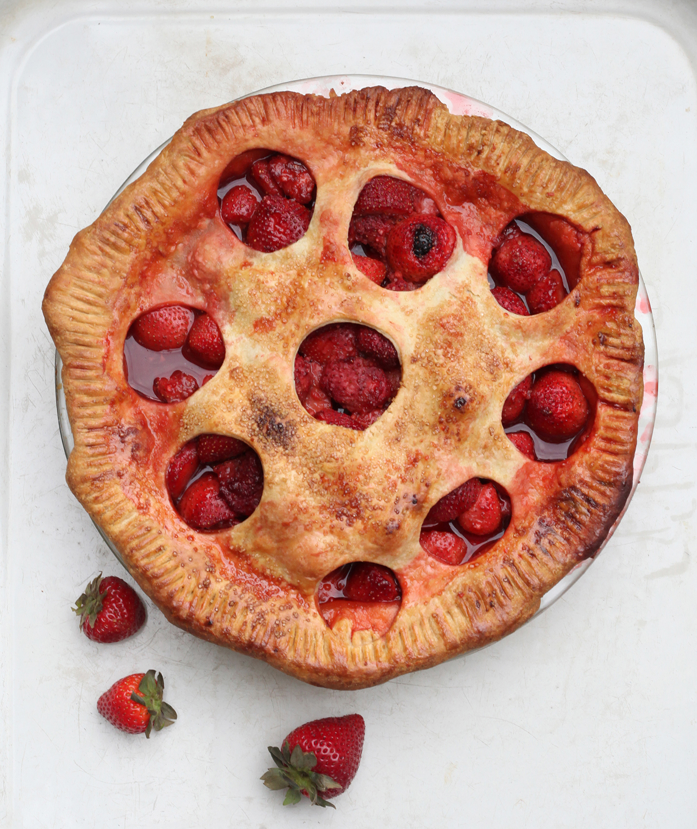 Old Fashioned Whole Strawberry Pie