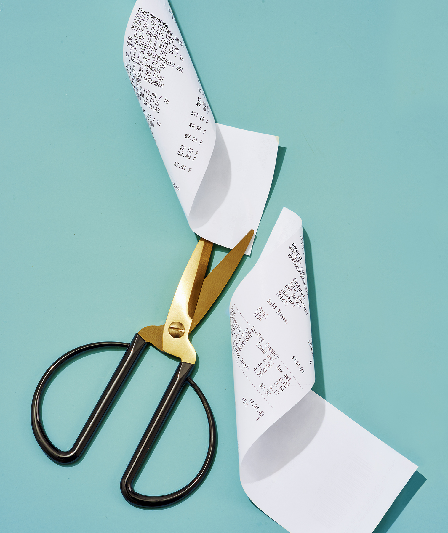 Scissors cutting receipt