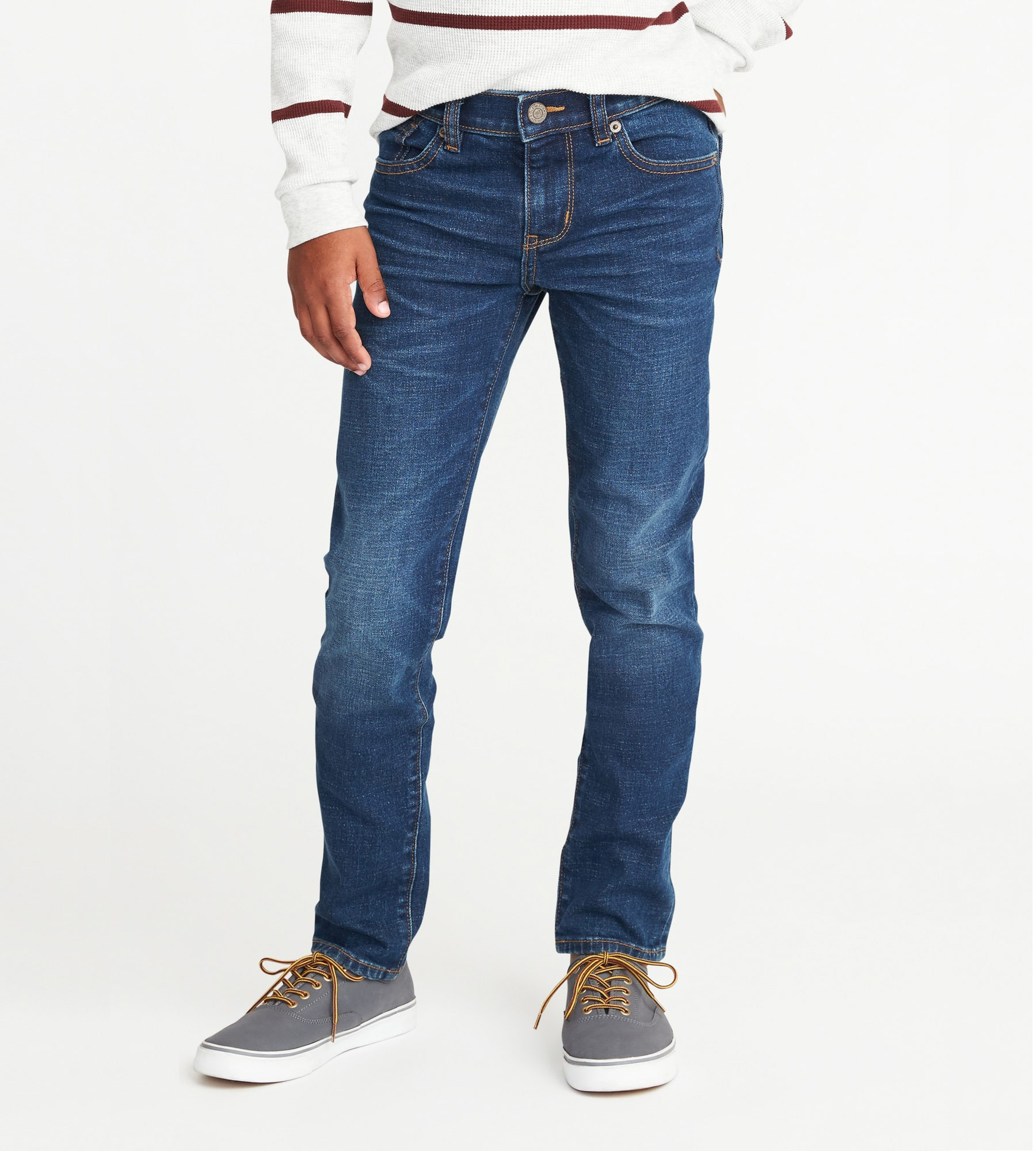 06907d14aadf4 Old Navy's Celebrity-Favorite Jeans Are On Sale Right Now | Real Simple