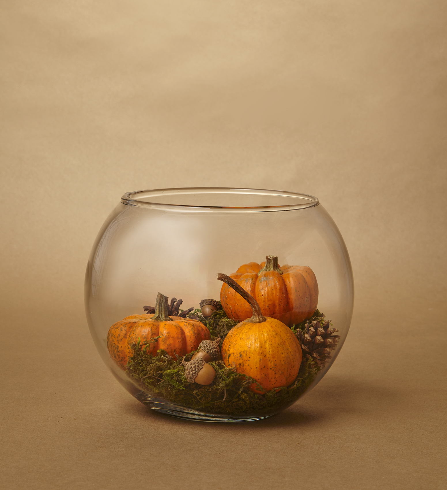 Small Pumpkin Decorations: 8 Easy Pumpkin Centerpieces To Complete Your Fall Table