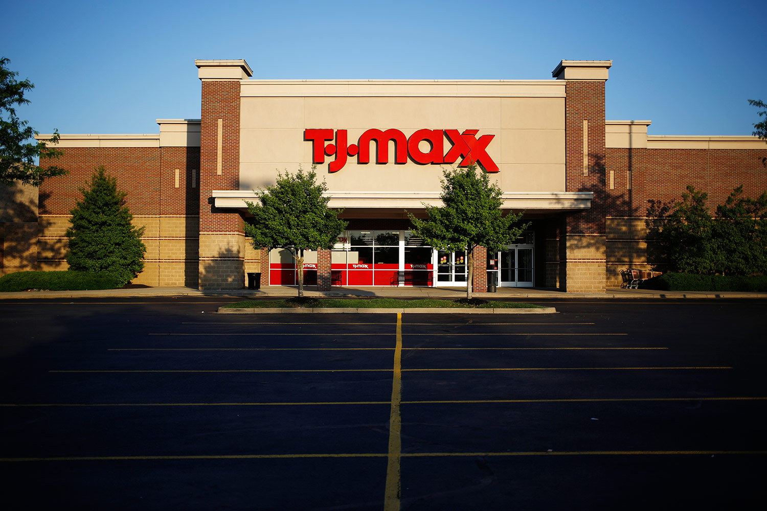 113e2811ce0d 13 TJ Maxx and Marshalls Shopping Tips | Real Simple