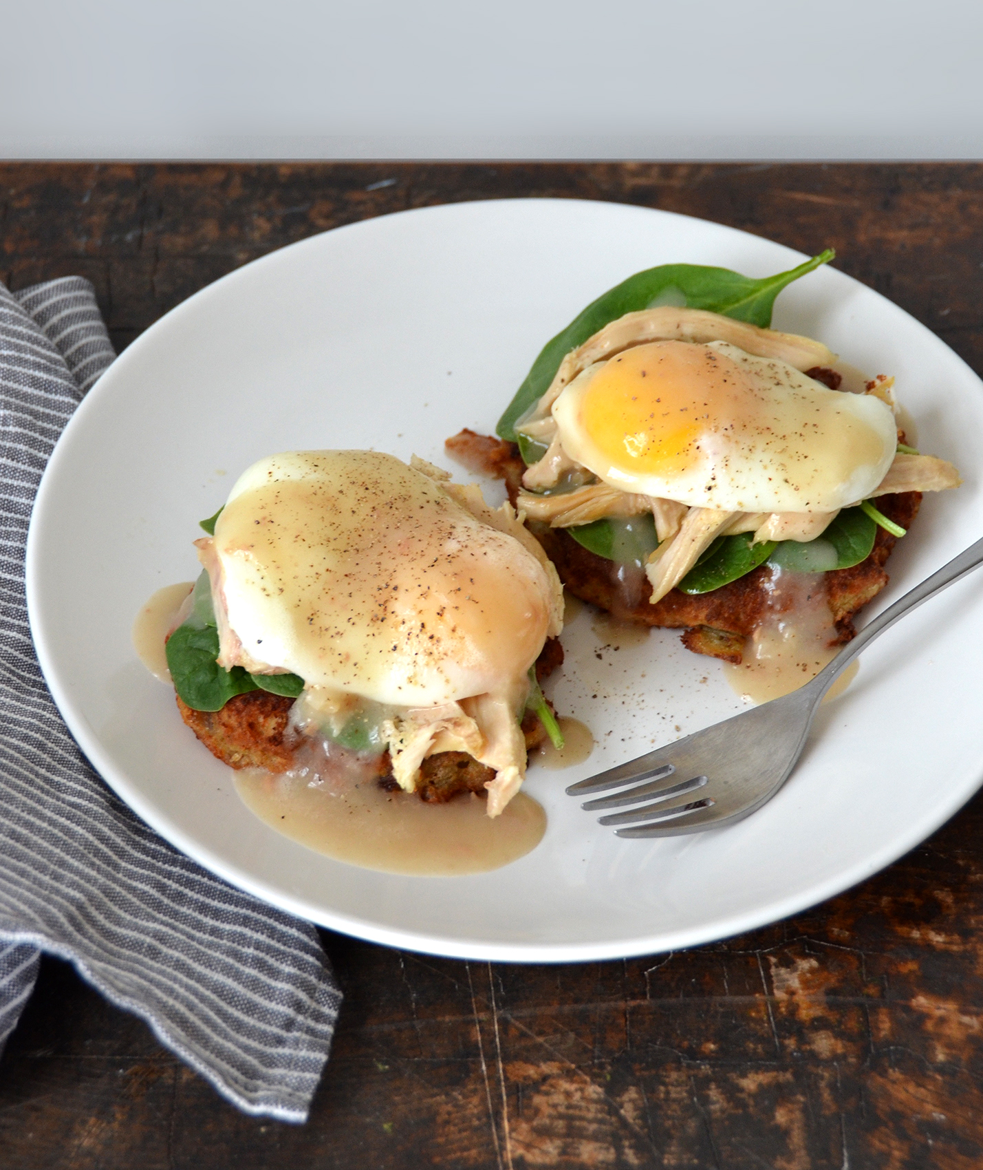 Thanksgiving-style Eggs Benedict